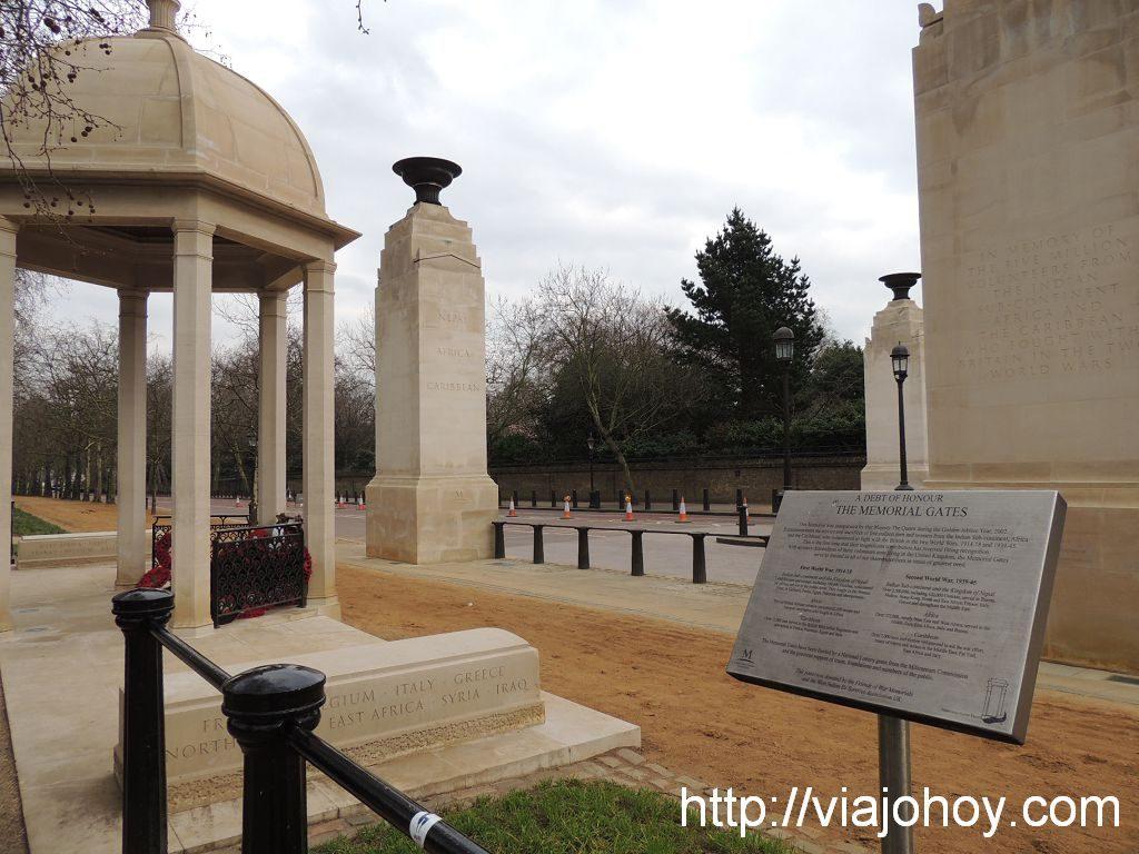 Memorial-gates-viajohoy-com001