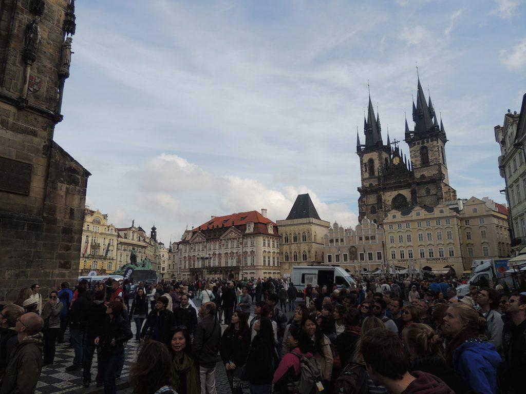 plaza-ayuntamiento-praga-viajohoy