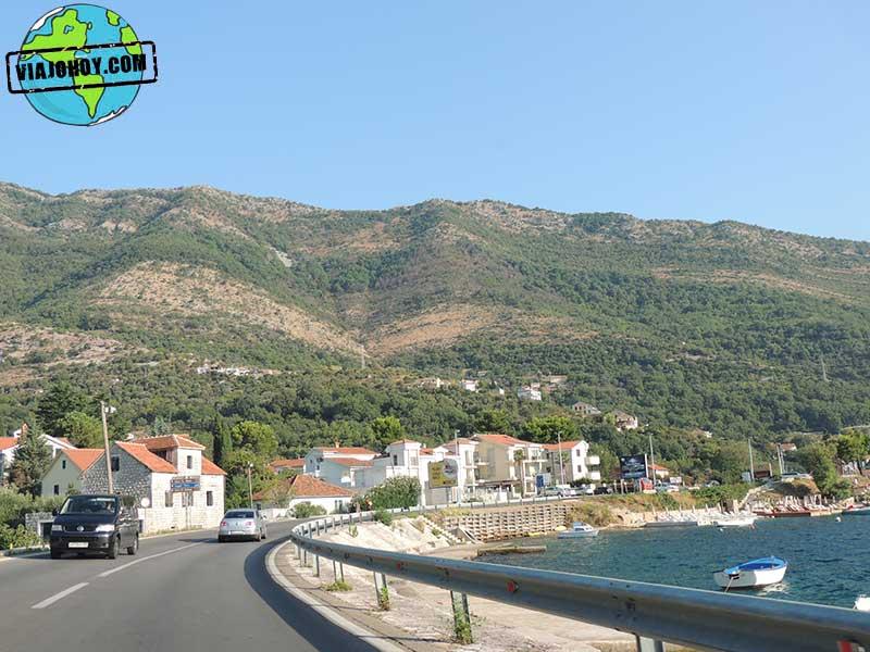 tramo-de-camino-montenegro